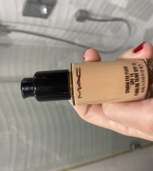 🛁 Pt uklj. 🧽 Mac studio fix puder