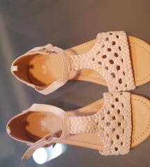 HM nove sandale za djevojčice br.34