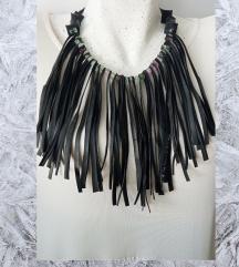 Trakice ogrlica