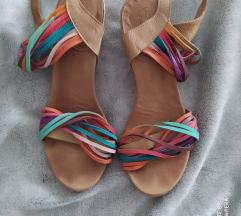Bueno kožne sandale