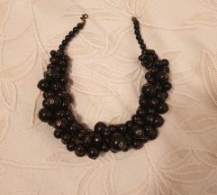 crna ogrlica