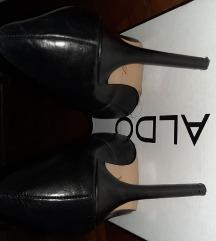 Crne kožne cipele Zara