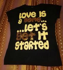 Majica s natpisom vel s/M