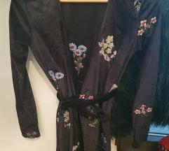 Baršunasta stradivarius wrap haljina