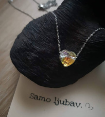 Ogrlica s kristalnim srcem
