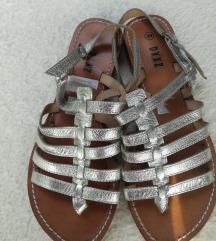 Srebrne sandale nove