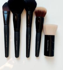 NOVO Kistovi za šminkanje lica Bare Minerals!
