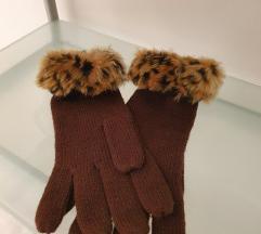 Tamnosmeđe rukavice