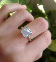 Srebrni prsten sa sedefom, 925