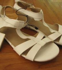 NOVO! ZARA sandale - br.36