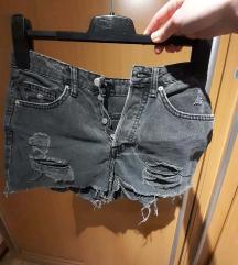 h and m kratke hlače vel. 34