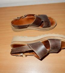 lori blu smedje kozne sandale nosene