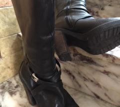 Crne čizme od prave kože s višom petom