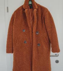 Bershka teddy coat (poštarina uključena)