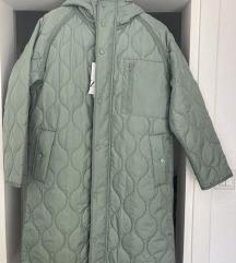 ZARA quilted oversized coat M !DANAS 250 kn!!