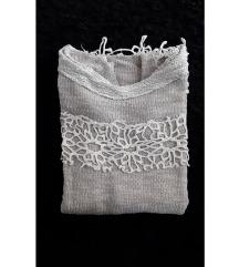 Majica/pulover s uzorkom novo