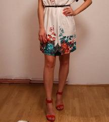 Bijla haljina sa cvijeticima