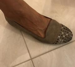 Gamošne neoštećene cipele! Sniženo
