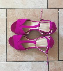 Nove Guliver sandale