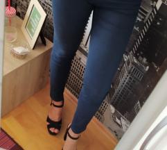 Stradivarius plave hlače, 38
