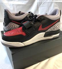 Nove Air Jordan patike
