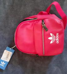 Adidas original mini ruksak,novi
