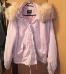 Svijetlo rozna zimska jakna