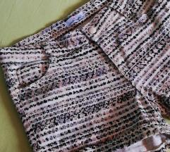 Neobične kratke hlače 👁️