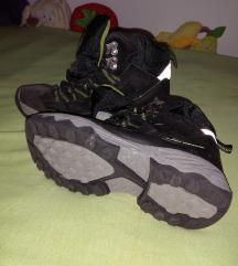 Cipele zimske za decke