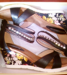NOVO-Mass sandale,cirkoni %%%