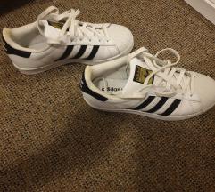 Adidas superstar, Novo