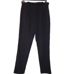 Zara baggy hlače