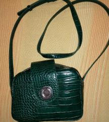 Zara maslinastozelena torbica