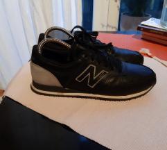 New Balance crne kožne tenisice