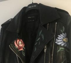 Cvjetna kožna jakna