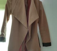 Stradivarious krem kaput