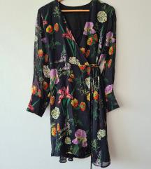 Zara cvjetna wrap haljina