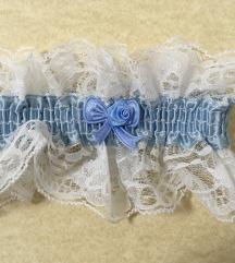 Plava cipkasta podvezica