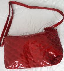 nova veća torba crvena lakirana