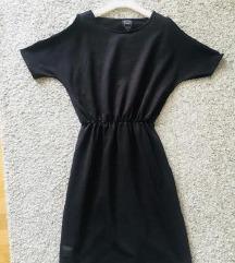 Crna T-shirt dress haljina vel M