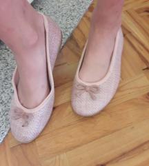 NOVE roze balerinke
