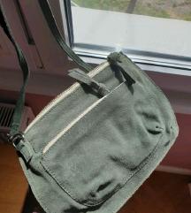 Zelena kožna torbica Pieces