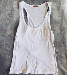 PRADA obična bijela majica sa džepićem - novo