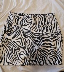 Mini suknja 50 kn s postarinom