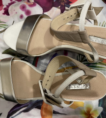 Guess sandale 38