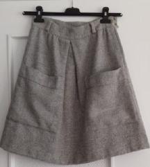 Siva vunena suknja s džepovima