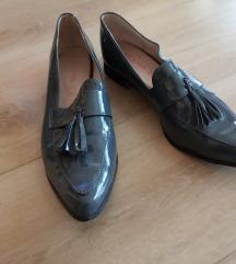 sive lakirane niske cipelice