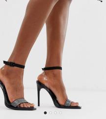 %%% Crne sandale