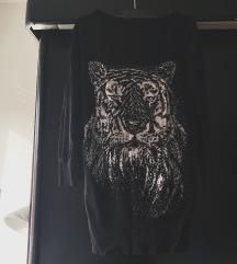 ZARA crni topli pulover sa tigrom