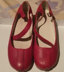 Crvene cipele Dr. Martens (ženske)